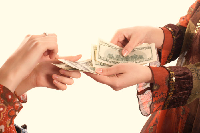 Взыскание долгов: законные посредники